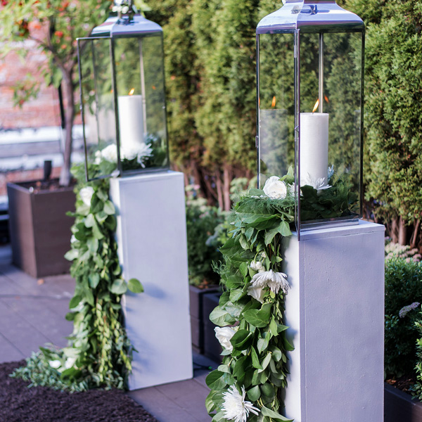 Bee Inspired Events - Ceremony central decoration